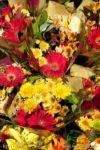 00928-Bouquets Yellow Chrysanthemun Red Gerbera