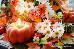 3727-Fall Setting-Pumpkins-Mums-Mapleleaf-Candle