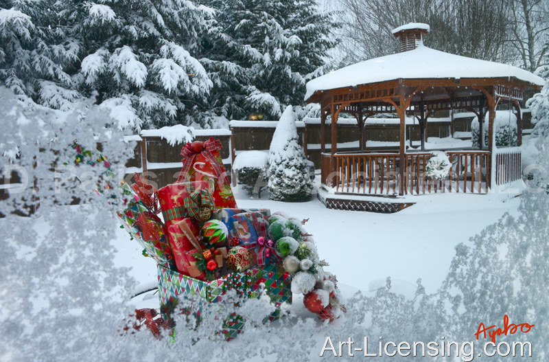 Ayako-Gazebo and Christmas Presents on Snow