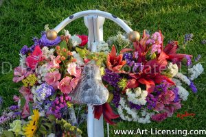 8649S-Summer Flowers on White Bicycle Stand