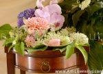 9057-Orchid-Dahlia-Hydrangea-Queen-Anns-Lcse-Macaron-cake